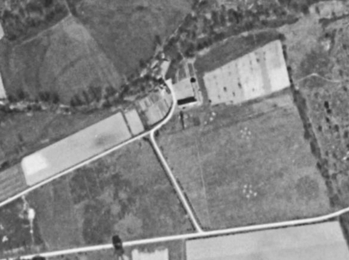 Vue aérienne ancien moulin 1960